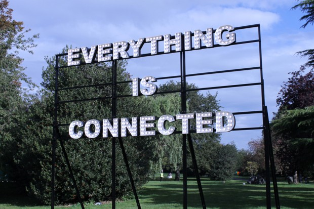 pl_everthing_is_connected_1_web